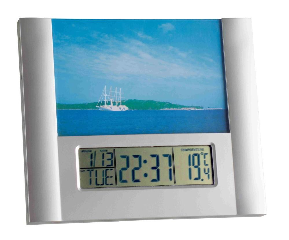 Digitální budík s fotorámečkem TFA 98.1093
