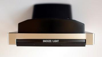 Detail tlačítka osvětlení displeje